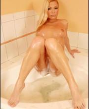 adriana-malkova-all-wet-012