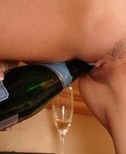 bottle-masturbating-sex-008
