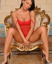 christina-bella-clubsandy-pics_005