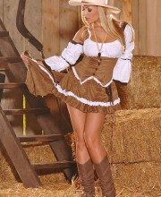 cowboy-babe-anetta-dawn-002