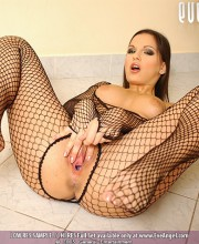 eve-angel-fishnet_014