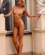 free-mc-nudes-pics-bambi-001