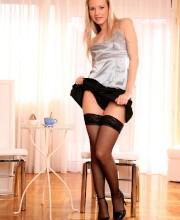 jana-mrhacova-stripping-free-pics-003