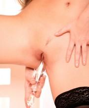 jana-mrhacova-stripping-free-pics-018