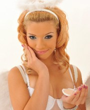 white-lingerie-babes-35