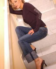 mia-stone-stairs-002