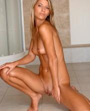 mony-on-mc-nudes-009