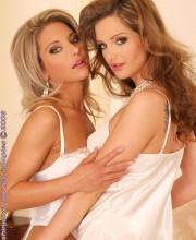 sandra-shine-lesbians-in-white-lingerie-001