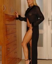 sexy-blonde-adriana-malkova-001