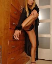 sexy-blonde-adriana-malkova-012
