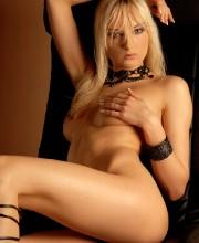 sexy-blonde-michelle-004