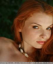 sexy-redhead-babe-natalia-009