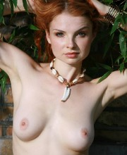 sexy-redhead-babe-natalia-013