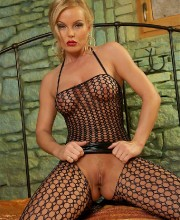 silvia-saint-fishnet-006