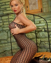 silvia-saint-fishnet-008