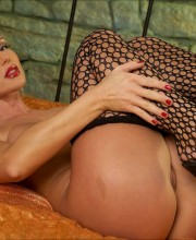 silvia-saint-fishnet-018