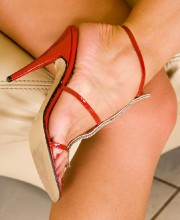 silvia-saint-red-heels-003