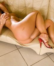 silvia-saint-red-heels-019