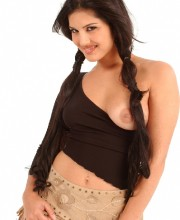 sunny-leone-at-teendreams-009