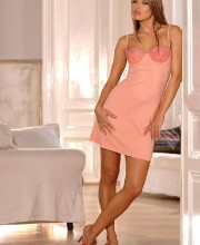 suzie-carina-hot-dress_002