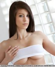 babe-lounge-sexy-metart-babe-019