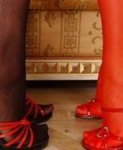 zafira-lesbian-feet-lovers-001